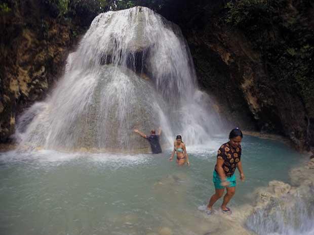 Aguinid Wasserfall am Ziel