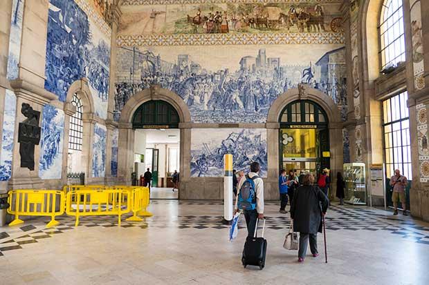Porto_Bahnhof2